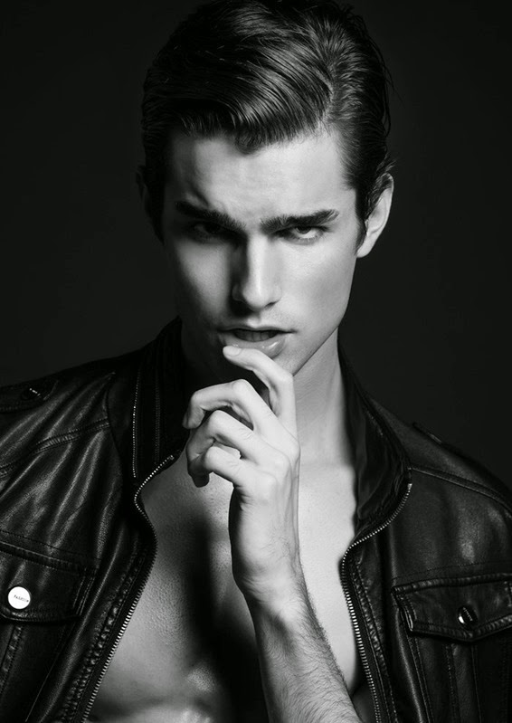 Giovanni Tosi by Wong Sim - DEMIGODS (10)