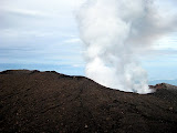 A great view of Slamet crater (Andy Dean, May 2011)