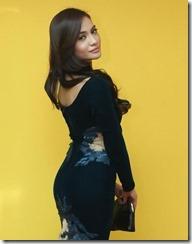 Kilafairy tampil bergaya dengan gaun hitam 2