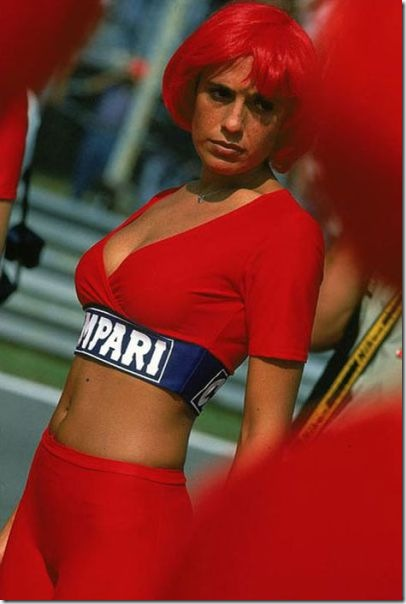 sexy-pit-girls-racing-30