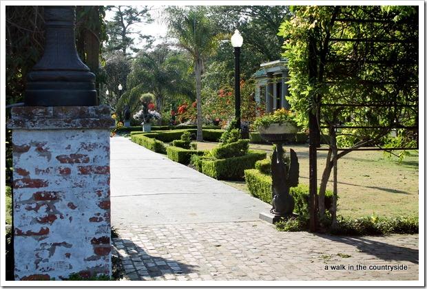 houmas house gardent tour