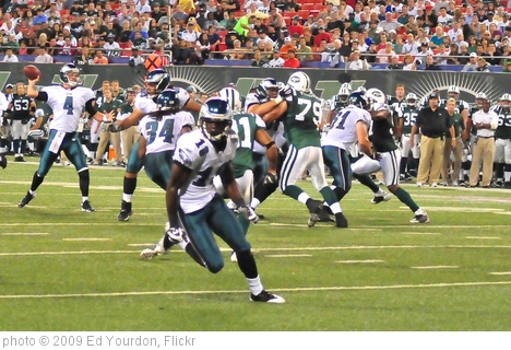 'Football: Jets-v-Eagles, Sep 2009 - 35' photo (c) 2009, Ed Yourdon - license: http://creativecommons.org/licenses/by-sa/2.0/