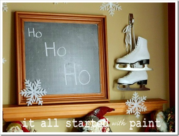 Holiday Mantel ho ho (550x413) (2)
