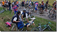 611510-tour-de-france-crash