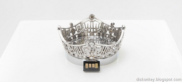 Miss America Crown USB flash drive