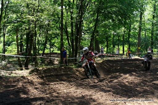 msv overloon nk motorcross mon 10-07-2011 (28).JPG