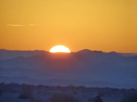 24. Apus de soare in desert.JPG