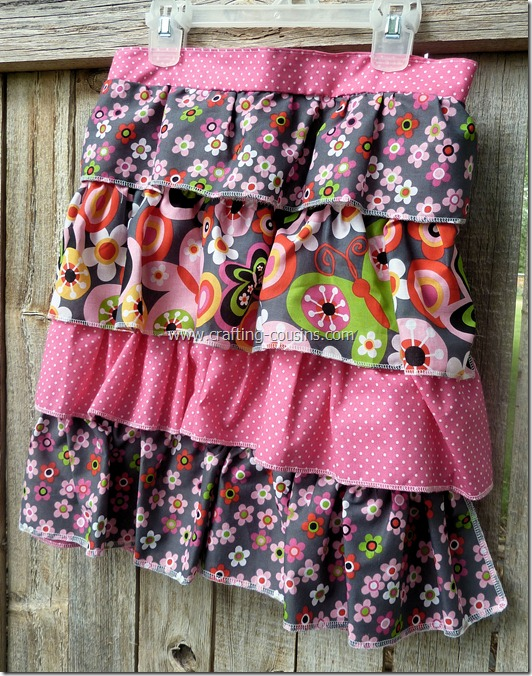 Ruffle Apron Giveaway check it out at www.crafting-cousins
