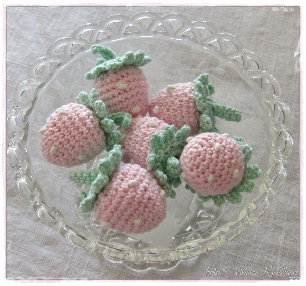 Strawberries_02