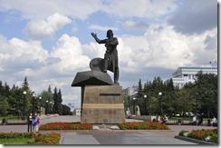 08-05 cheylabinsk 014 800X  hommage aux tankistes