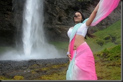 trisha_hot_navel