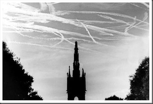Dogfight over Albert memorial