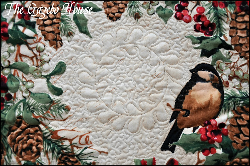 Chicadee quilted wallhanging 014