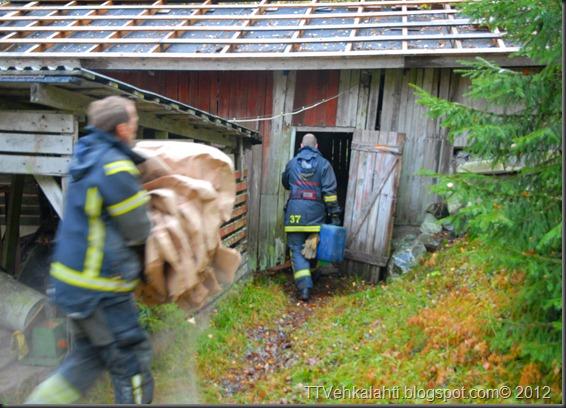 24H palomiehenä ulkorakennuksen polttaminen 002