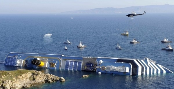 Καπετάνιος του Costa Concordia: Η διεύθυνση της εταιρείας μου ζήτησε να πλησιάσω την ακτή