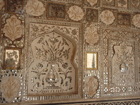 Arta India: Ornamente unice din Amber fort Jaipur