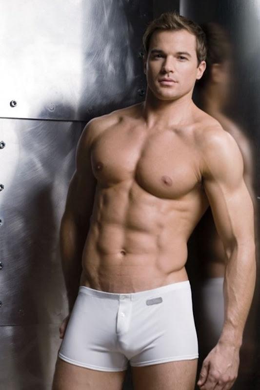 chris_r_underwear_andrew_christian_undergear_5