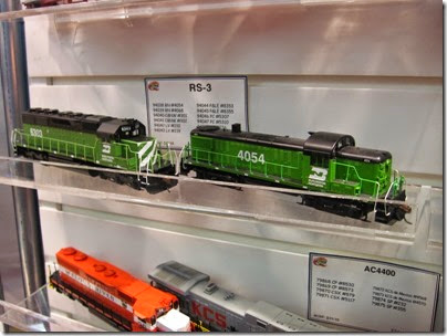 IMG_5334 HO-Scale Burlington Northern SD40 #6303 & RS3 #4054 by Athearn at the WGH Show in Portland, OR on February 17, 2007