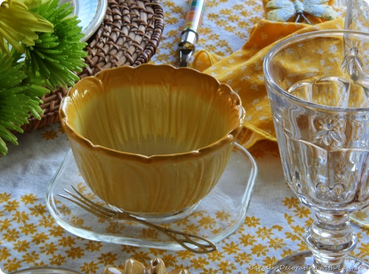 Sunshine Tablescape 7