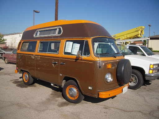 79 VW Bus Adventure Wagon