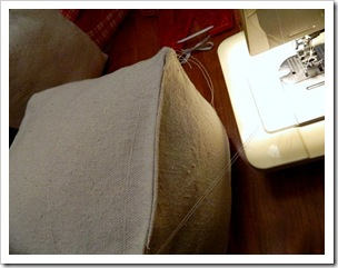 Present Pillows sew open closed (550x413) (2)