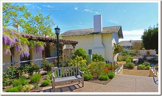 140325_Monterey_Casa_del_Oro_garden_pano