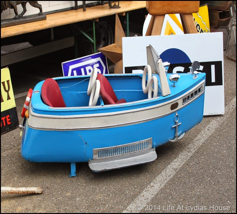 carnival ride boat