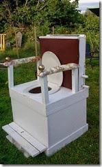 the sawdust flush loo