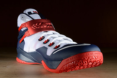 nike zoom soldier 8 gr usa basketball 2 03 Release Reminder: Nike Zoom LeBron Soldier 8 USA Basketball