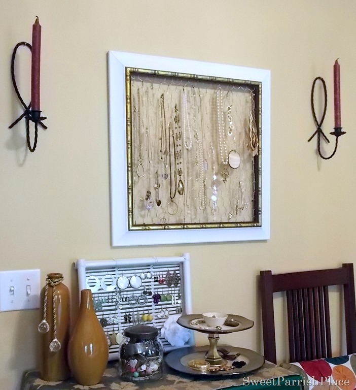 how to make a chicken wire jewelry frame