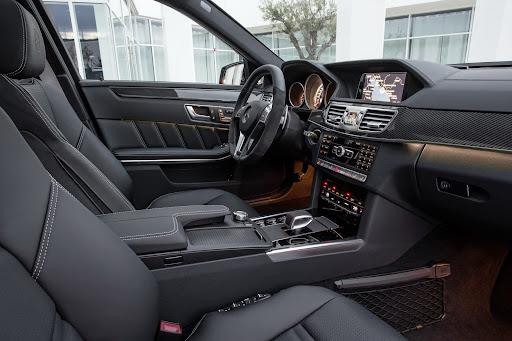 Mercedes-Benz-E-63-AMG-29.jpg