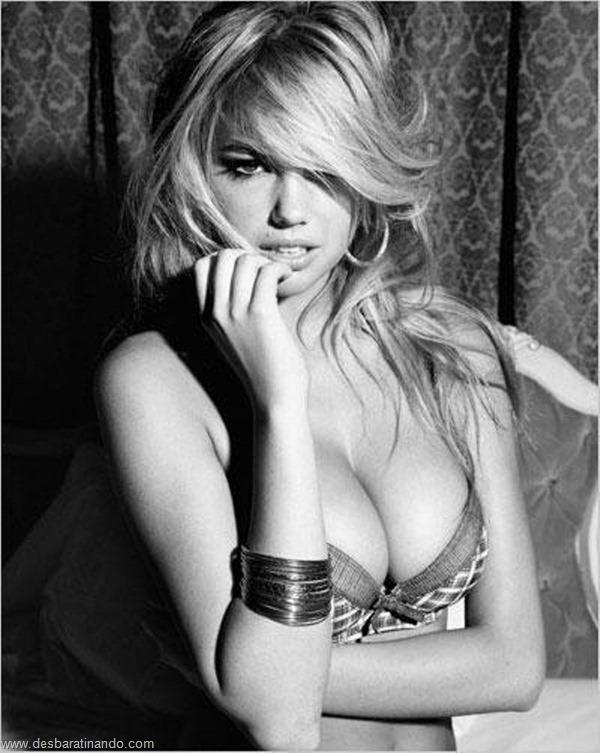 kate-upton-linda-sexy-sensual-sedutora-bikine-biquine-lingerie-boobs-blonde-desbaratinando (161)