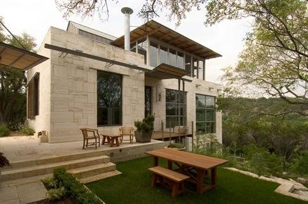 Casa watersmark 35 fachada de piedra vista texas for Case con scantinati in texas