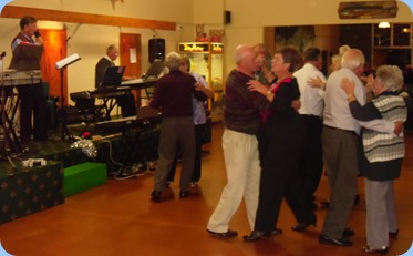 Dancing at the Raglan Club Saturday Night Concert with Len Hancy on vocals and Ron Stanwell on his Tyros 3 keyboard.