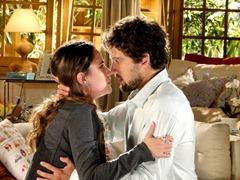 ana-rodrigo_se beijam