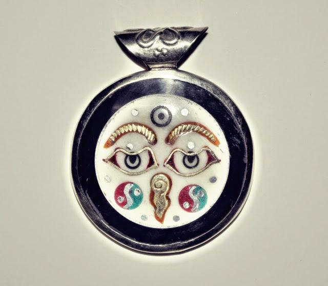 Buddha Eye pendant