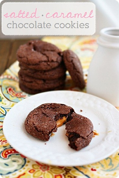 Salted Caramel Chocolate Cookies – Try these super simple chocolate cookies stuffed with ooey gooey caramel! | thecomfortofcooking.com