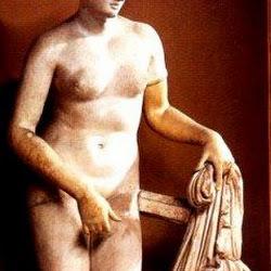 76 - Praxiteles - Venus de Cnido