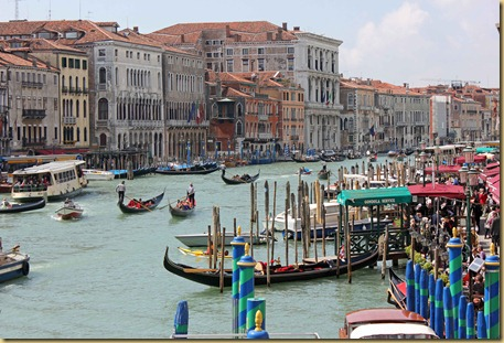 Busy grand canal
