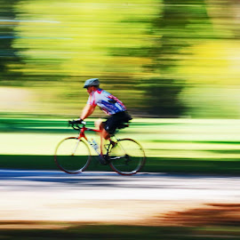 Going by Fred Regalado - Sports & Fitness Cycling