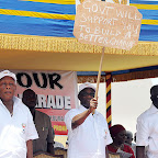 H E The President with a Placard with the inscription Govt Will support you to build a better Ghana'_6411.jpg