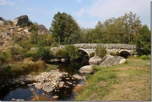 Panchorra - Ponte romana sobre o rio Cabrum