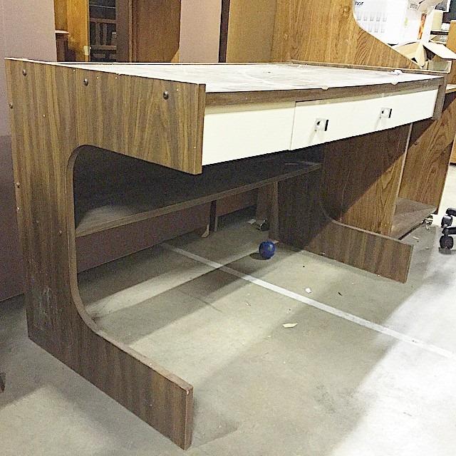 thriftscorethursday chelsea_stylemutthome desk before
