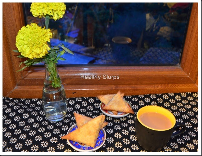 Good evening with samosas and chai!