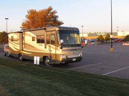 WalmartOvernightStop-2-2011-09-23-21-19.jpg