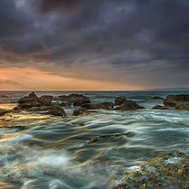 The motion by Dikky Oesin - Landscapes Beaches