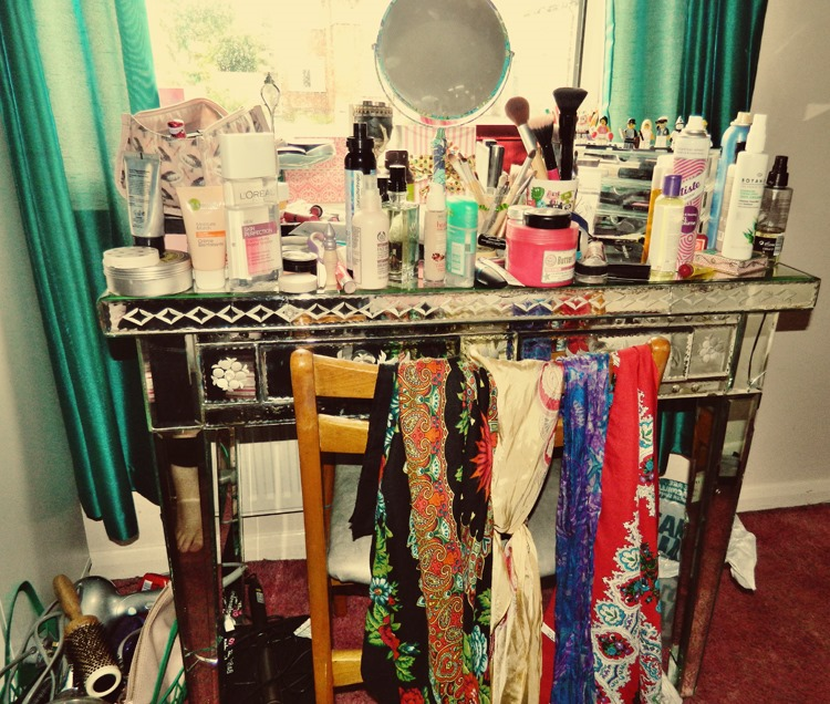 Dressing-Table-Mess