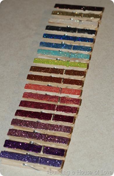 GlitterClothespins3