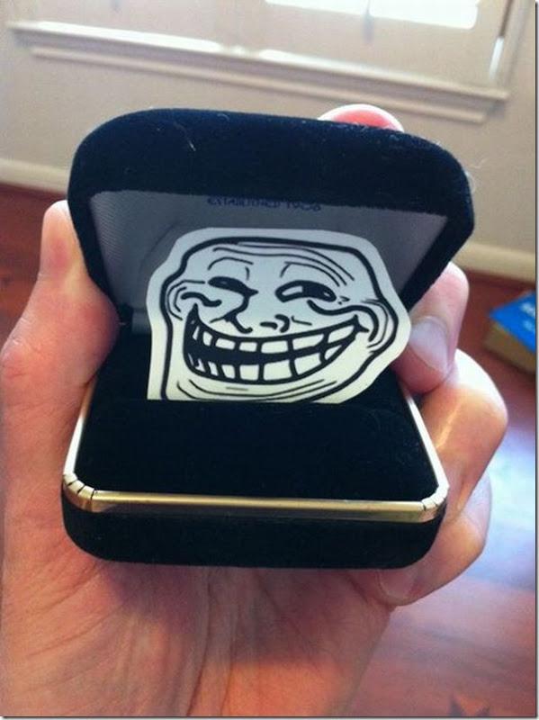 Como trollar o pedido de casamento