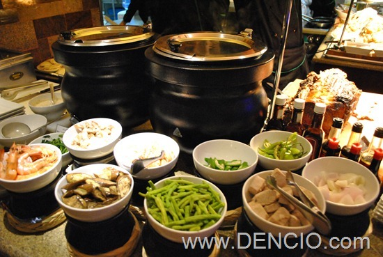 Acaci Cafe Buffet Acacia Hotel Manila 32
